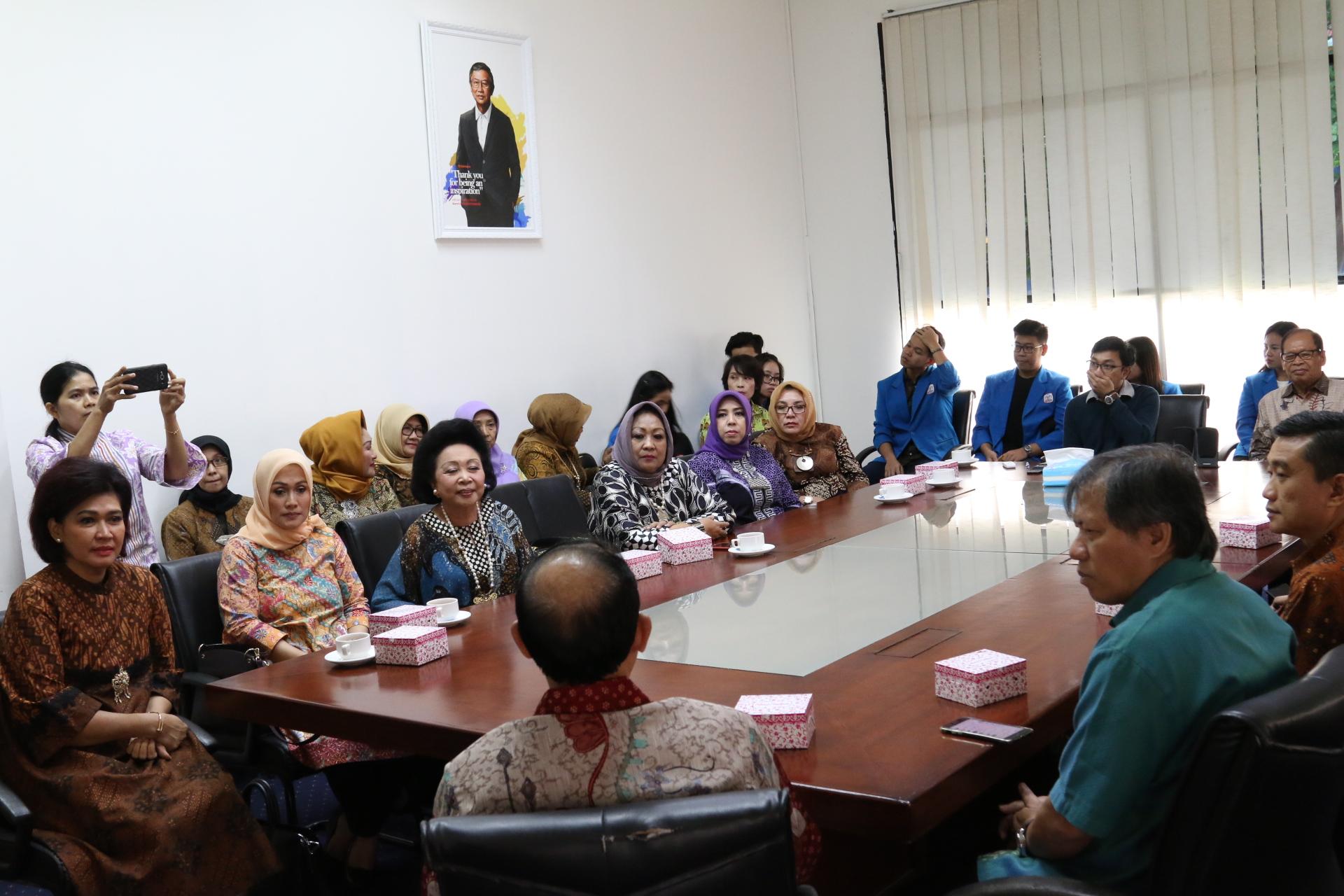 Prof. Budi Susilo Soepandji welcomed Mrs. Nora Tristyana and team